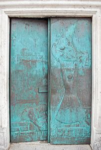 Tür der blauen Kirche in Perast Montenegro