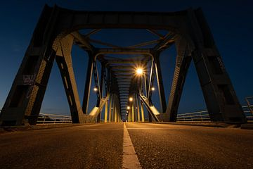 Oude IJsselbrug bei Zwolle von Michel Knikker