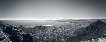 Kaapstad vanaf de Tafelberg van Eric van den Berg