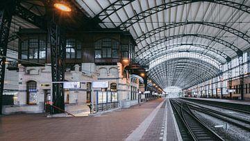 Haarlem: Station perron 3 overzicht sur Olaf Kramer