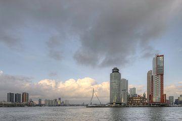 Skyline von Rotterdam im Laufe des Tages. von Johan Kalthof