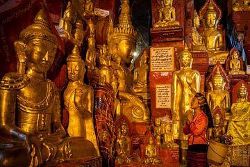 Boeedha-Statuen in den Pindaya-Höhlen von Antwan Janssen