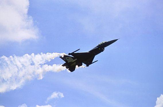F-16 van Joachim Serger