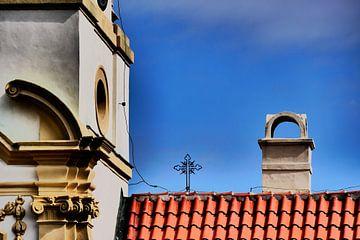 Praag - Schoorsteen en kruis op dak van Wout van den Berg