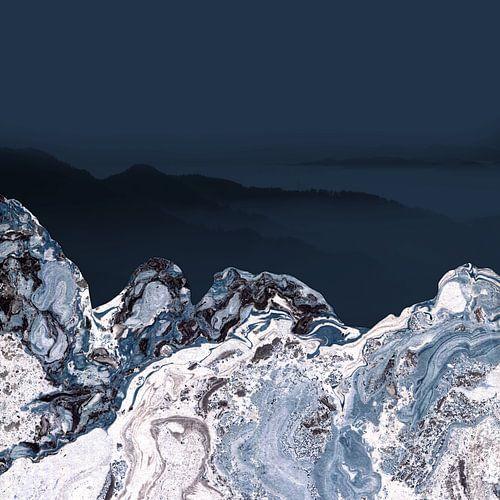 BLUE MARBLED MOUNTAINS  van Pia Schneider