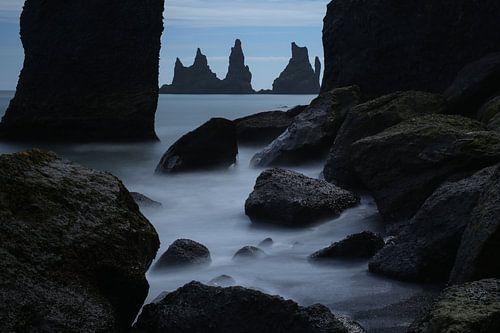 Reynisdrangar at Vik, Iceland von Pep Dekker