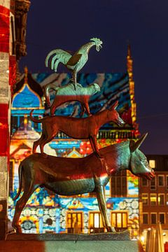 Verlichte Bremer Stadsmuzikanten, Bremen, Duitsland, Europa van Torsten Krüger
