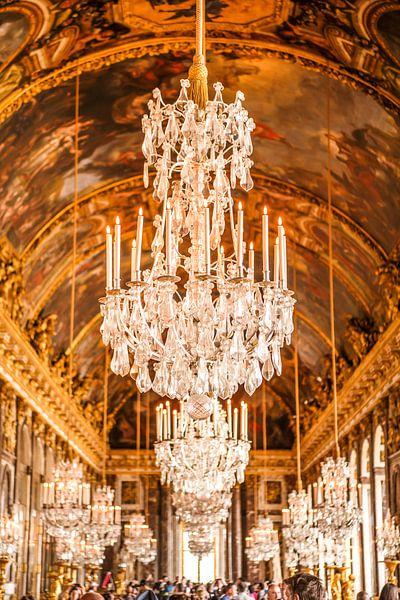 Kroonluchters in het Paleis van Versailles van Bas Fransen
