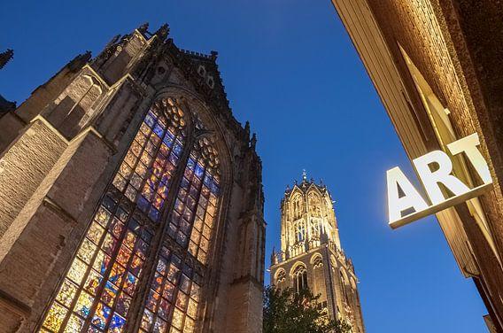 De Utrechtse Dom op een prachtige avond van Juriaan Wossink