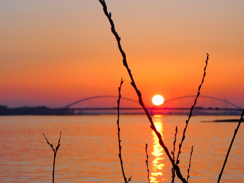 Zonsondergang  Merwede van Rosalinde Bijl