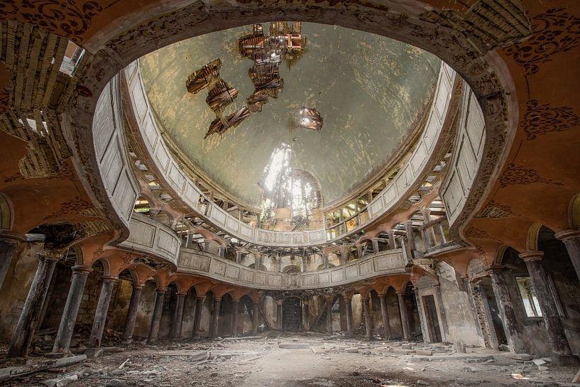 Prachtig verlaten kapel van Kristof Ven