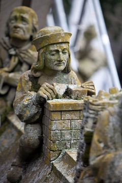Metselaar op de Sint-Janskathedraal in Den Bosch van Kees van Dun