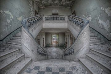 Orphan staircase sur Hettie Planckaert