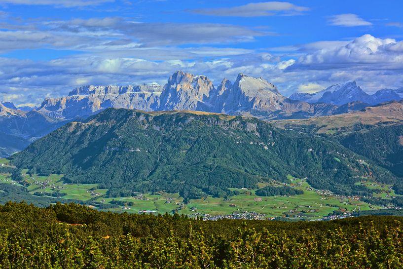 Dolomites View from the Rittner Horn van Gisela Scheffbuch