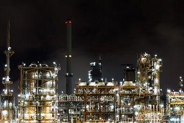 Petrochemie bij nacht van Kris Christiaens