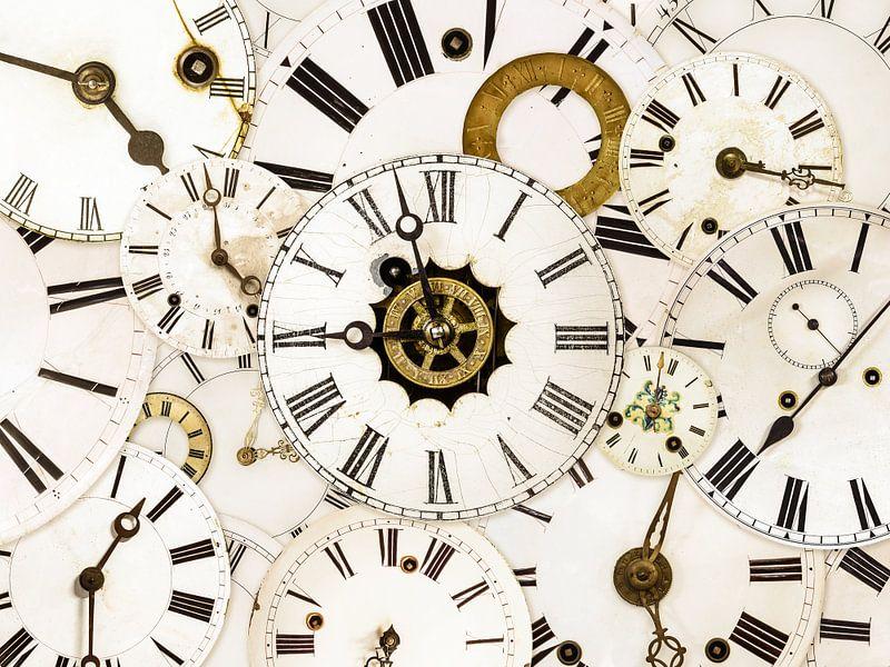 Hoe laat is het? van Martin Bergsma
