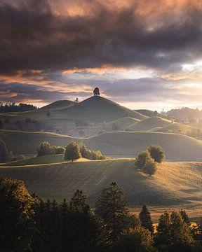 Die Hügel im Licht