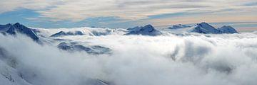 Wasserfall aus Wolken von Femke van Egmond