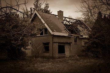Verlaten huis van Gert-Jan Kamans