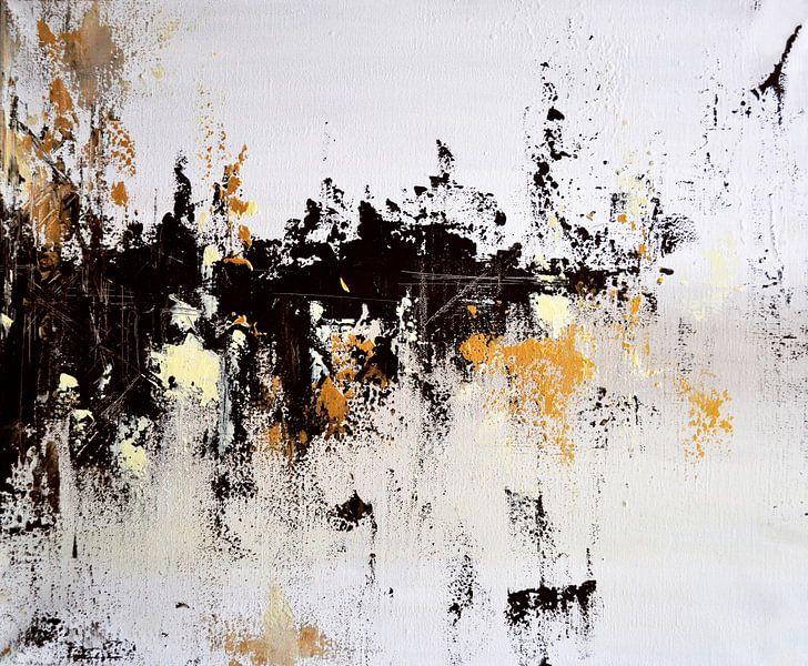Black Clouds van Maria Kitano