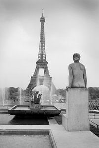 Parijs van het Trocadero naar de Eiffeltoren van Peter Hofwegen