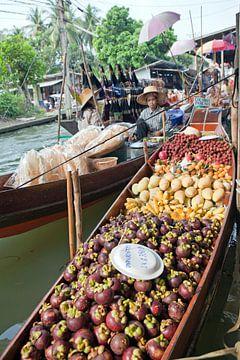 Thaise drijvende markt van t.ART