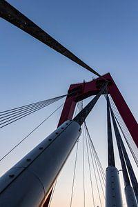 De vernieuwde Willemsbrug 4 van