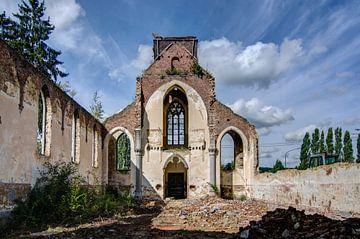 Eglise sans toit van Patrick De Boeck