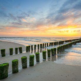 Sur la plage de la mer du Nord à Domburg sur Michael Valjak