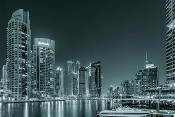 Dubai Marina 2.0 van