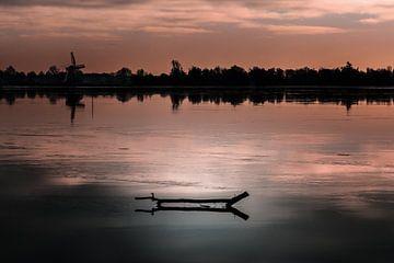 Winterse zonsondergang van Jos Reimering