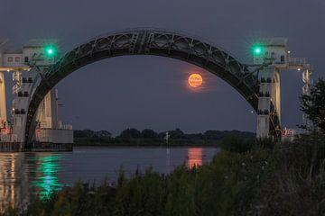 Full Moon , volle maan , Opkomst maan Stuw Hagestein van Klaas Doting
