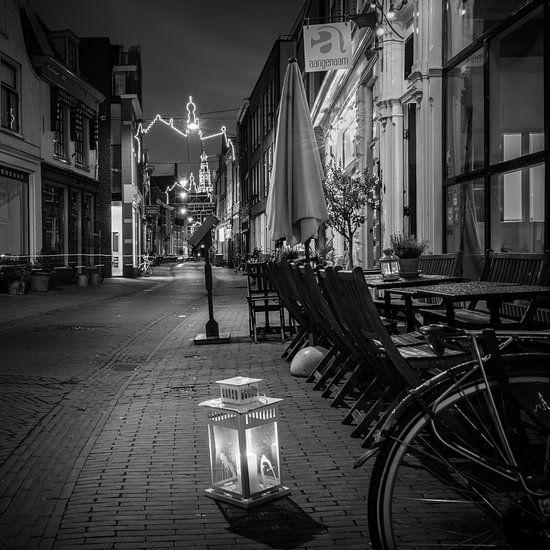 Night Lights van Scott McQuaide