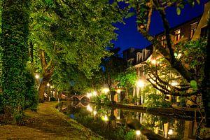 Utrecht Oudegracht: Ledig Erf Richting Vollersbrug