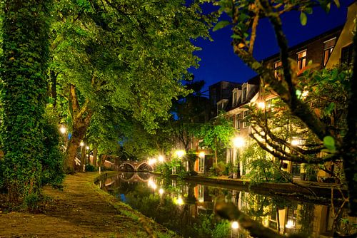 Utrecht Oudegracht: Ledig Erf Richting Vollersbrug von martien janssen
