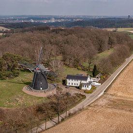 Moulin sur la Vrouwenheide dans le sud du Limbourg sur John Kreukniet