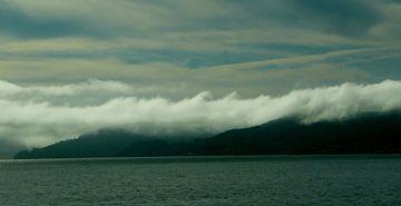 Rolling Clouds in Ireland  von Rob Merkx