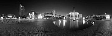 Leipzig - Augustusplatz Skyline Panorama von Frank Herrmann