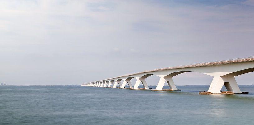 Zeeland Bridge van Ben van Sambeek