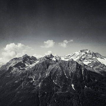 Majestätische Alpen von Dirk Wüstenhagen
