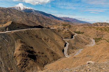 Bergweg door het Atlasgebergte van