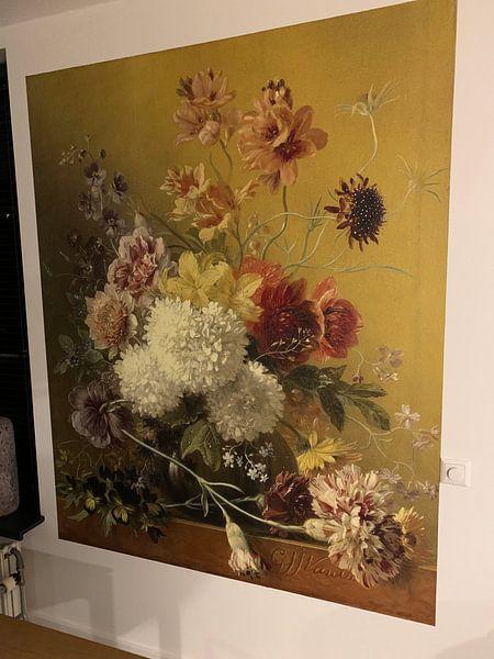 Klantfoto: Stilleven met bloemen in een vaas, Georgius Jacobus Johannes van Os van Hollandse Meesters, op behang