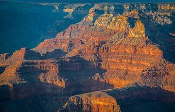 Gouden gloed over de Grand Canyon, VS van Rietje Bulthuis