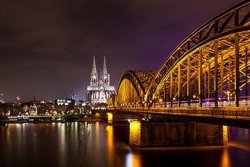 Hohenzollern bridge, Cologne sur