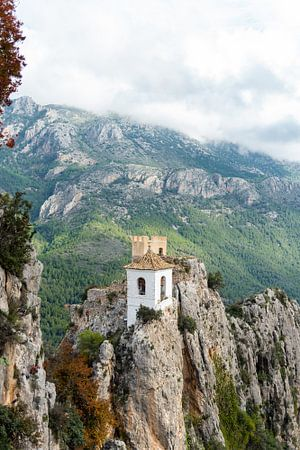 El Castell de Guadalest - Alicante, Spanje van Sietske Driessen