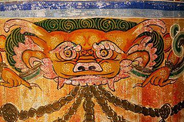 Gebedsmolen in het Kumbum klooster in China van Theo Molenaar