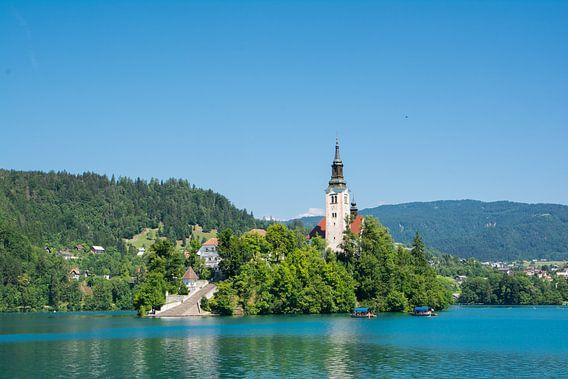 Kerk op het meer Bled in Slovenie