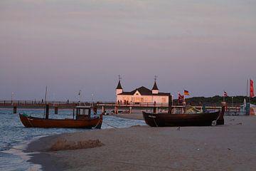 Seebruecke in Ahlbeck bei  Abendsonne, Ahlbeck, Insel Usedom, Mecklenburg-Vorpommern, Deutschland, e von Torsten Krüger