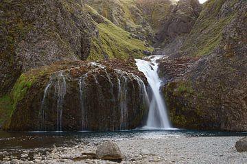 Stjornarfoss waterval, IJsland van Discover Dutch Nature