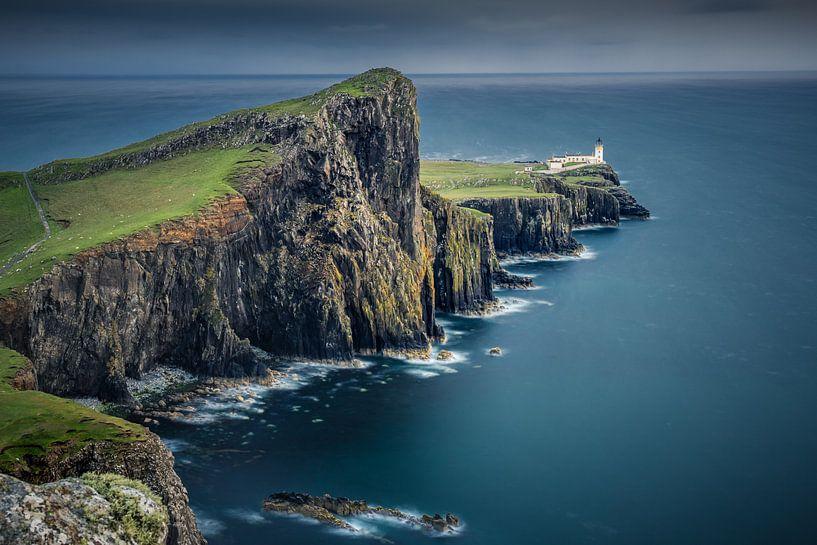 Neist Point Lighthouse van Wim van D